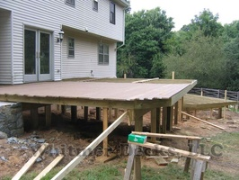 10 Decking started 001