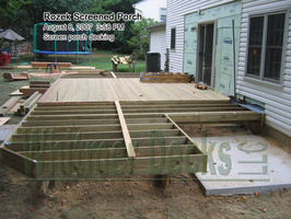 09 Screen porch decking