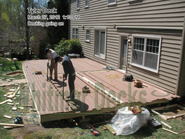 09-Decking-going-on