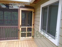 Screen door in